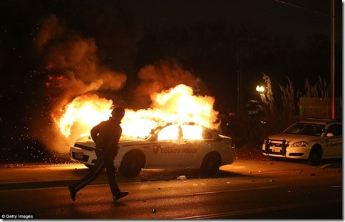 burning-police-car-ferguson3